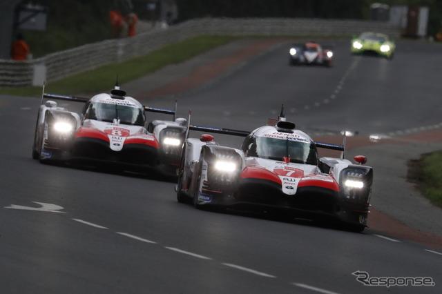 ルマンを走る2台のTS050(#7=2位、#8=優勝)。