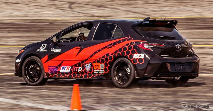 新型トヨタ・カローラ・ハッチバック(カローラ・スポーツ)の「SOCAL KUSTOMZ」仕様車