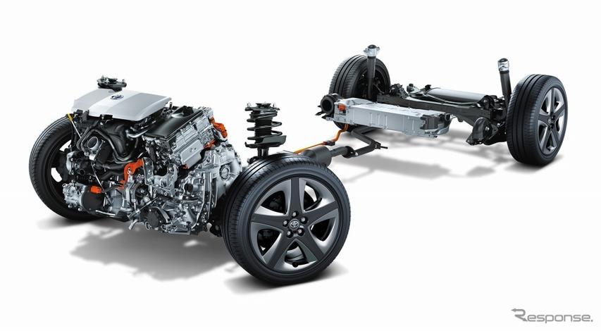 1.8リットル 2ZR-FXEエンジン+モーター