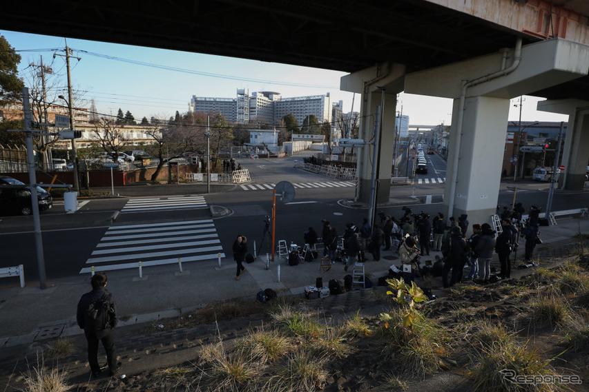 東京拘置所前の報道陣(1月8日) (c) Getty Images