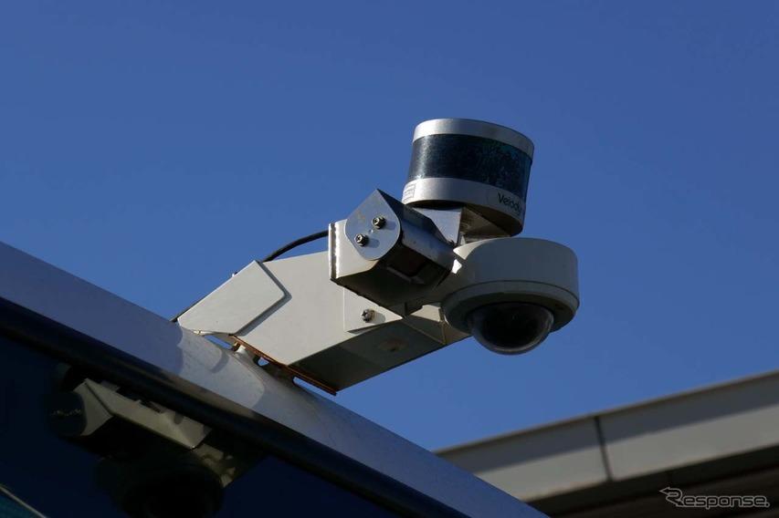 後端にはカメラ以外にLiDARを組み合わせて搭載していた