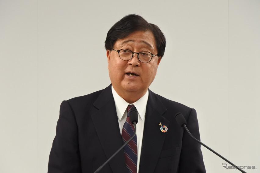 三菱自動車 益子修 会長兼CEO
