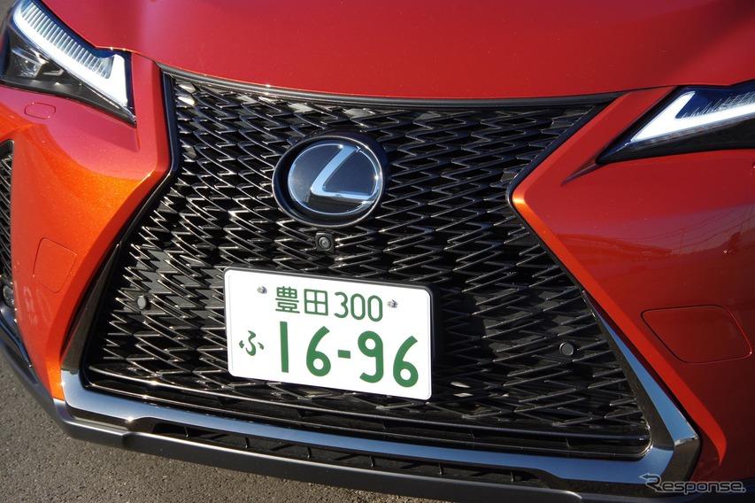 レクサス UX200 F SPORT