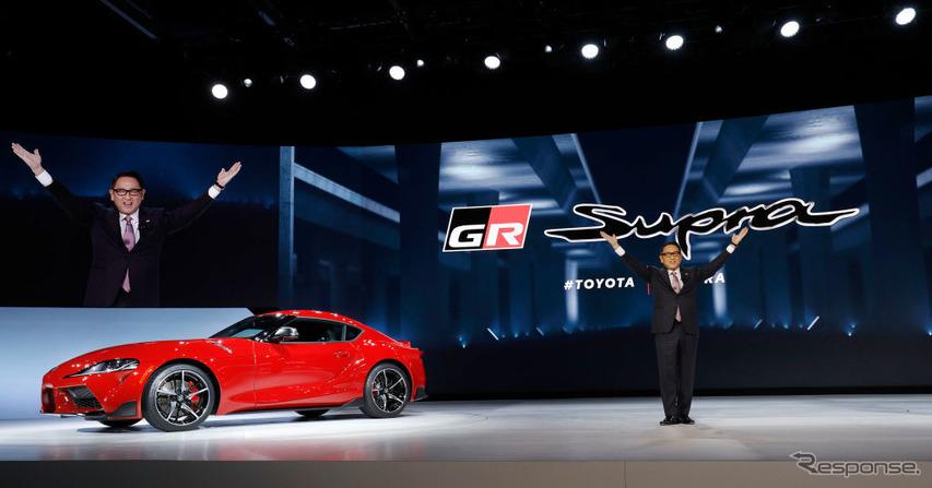 スープラ新型をブレゼンするトヨタ自動車の豊田社長(デトロイトモーターショー2019) (c) Getty Images