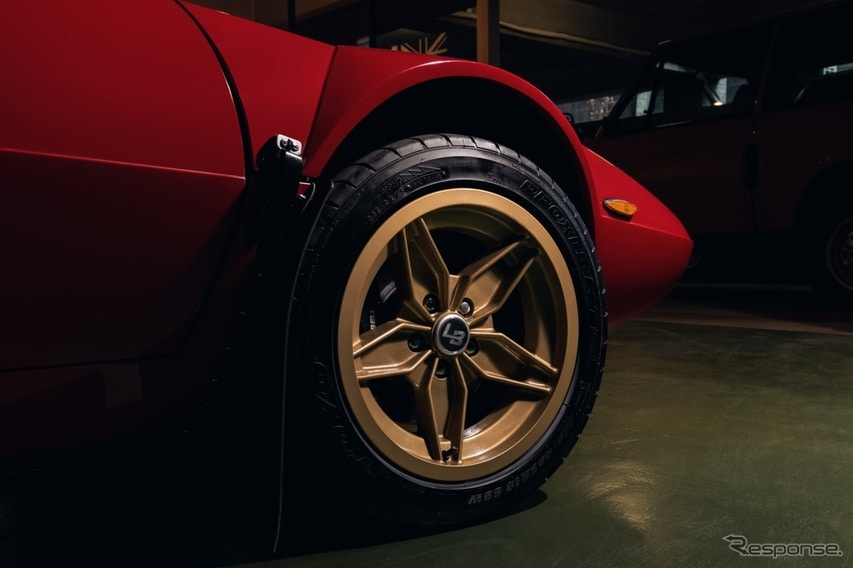 Lister Bell Automotive 社ではこのクルマを年間5台程度しか作ることができない。