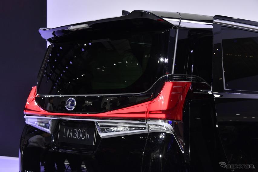 レクサス LM300h(上海モーターショー2019)
