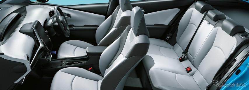 トヨタ プリウスPHV A プレミアム ナビパッケージ(内装色:クールグレー)