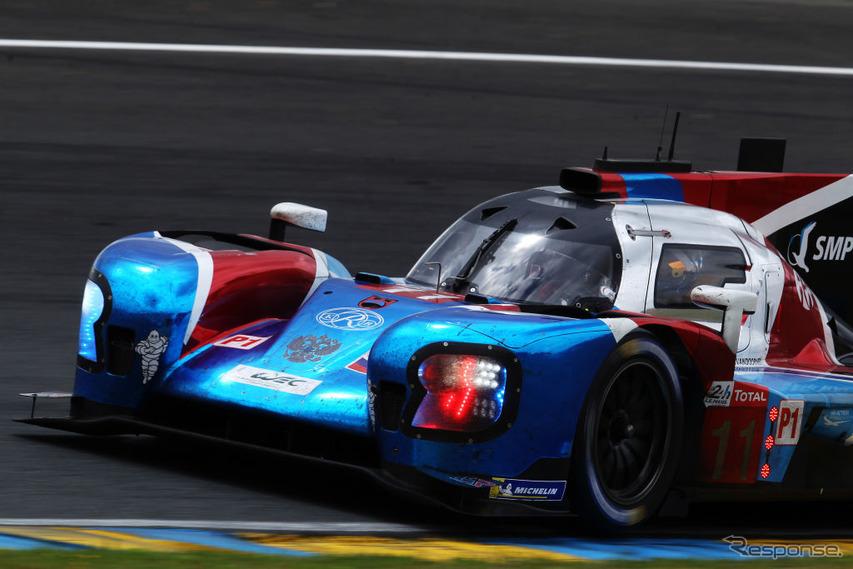 3位の#11 SMP Racing。