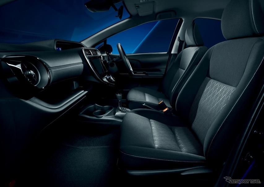 トヨタ アクア 特別仕様車 Sスタイルブラック ファブリックシート表皮(内装色:ブラック)