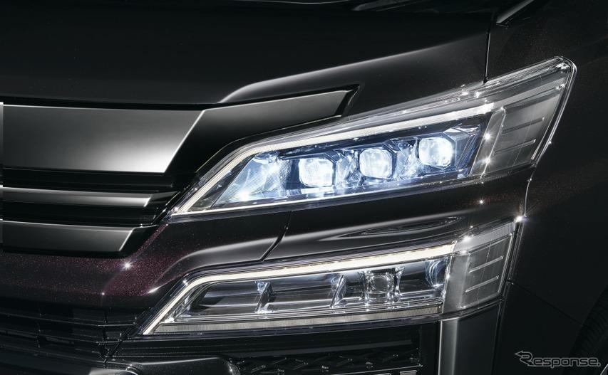 トヨタ ヴェルファイア 3眼LEDヘッドランプ