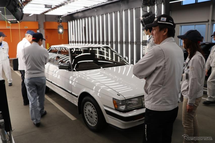 世代を超えて、クルマを囲んで会話が生まれる。車種の歴史は単なる生産期間だけではない価値がある。