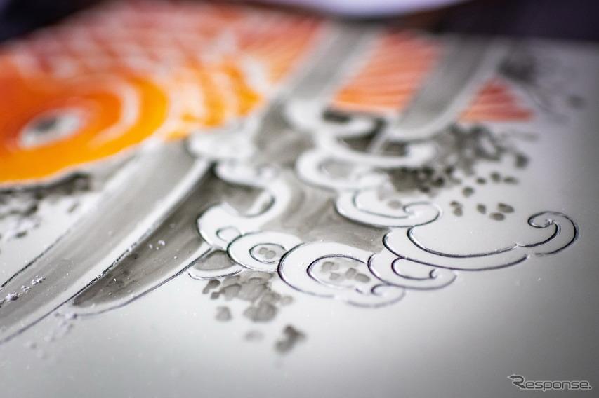 レクサス UX のタトゥーカー