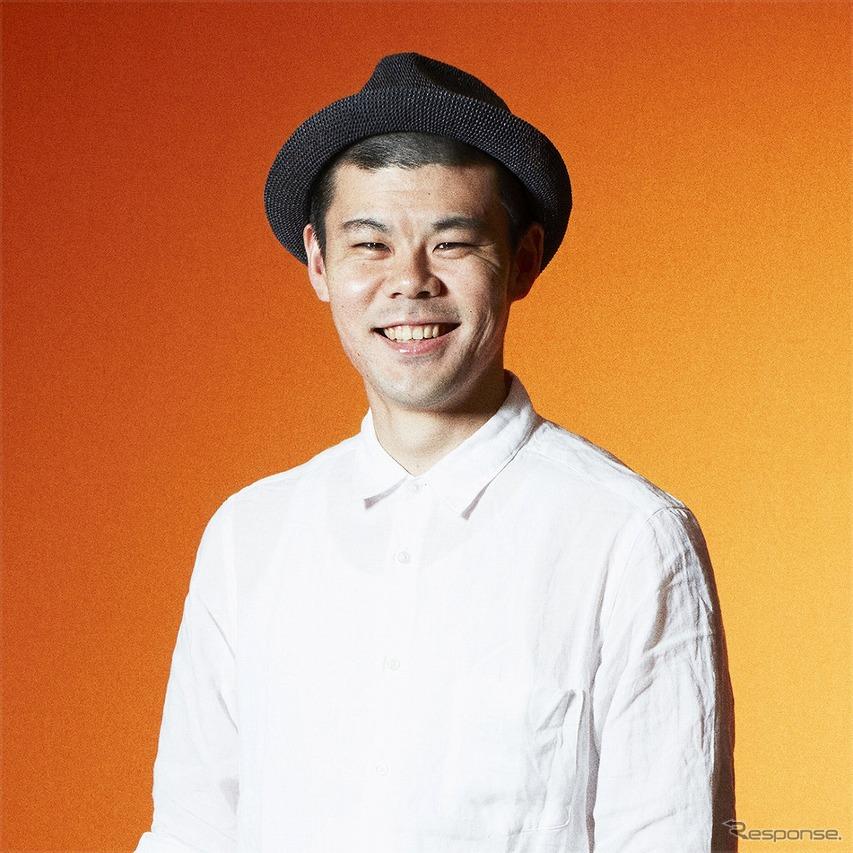 津田六佑氏