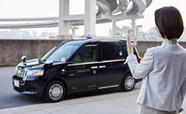 乗客とドライバーをマッチングさせるライドシェア、タクシーをさらに進化させる配車アプリ