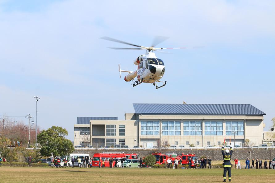 もしもの事故では緊急車両の手配も行なう「ヘルプネット」。車両から読み取った状況次第ではドクターヘリが出動する