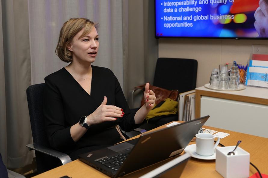 フィンランド運輸通信省 専門官のサーラ・レイニマキ氏