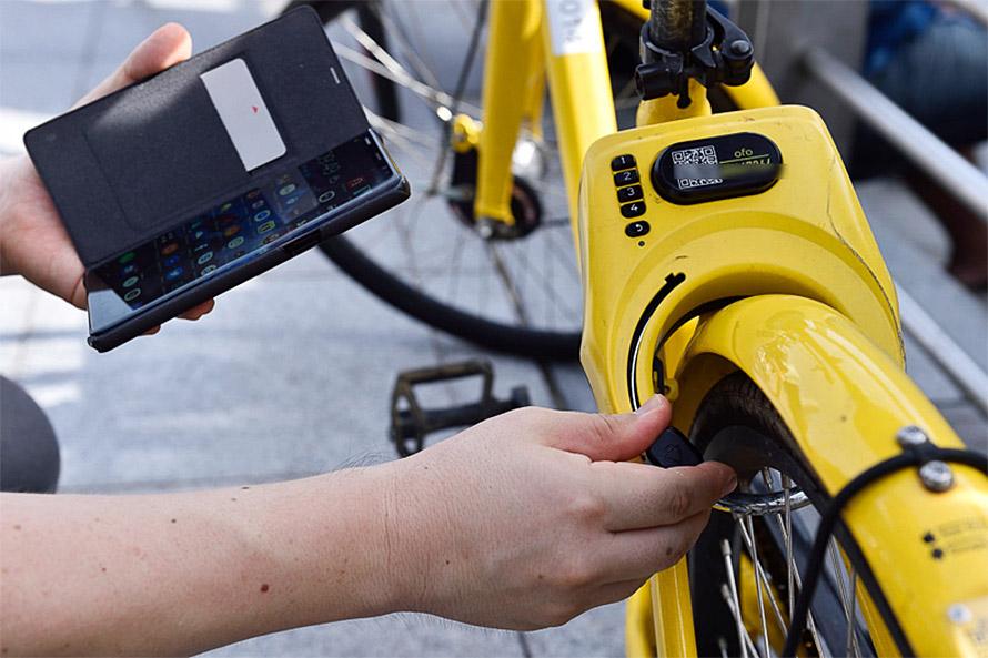 返却時にはロックをかける、これだけで情報が事業者に反映され返却したことがユーザーのスマートフォンに通知される