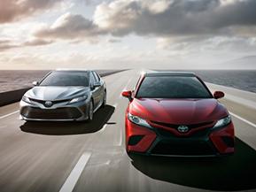 トヨタ、北米国際自動車ショーで新型カムリを世界初披露
