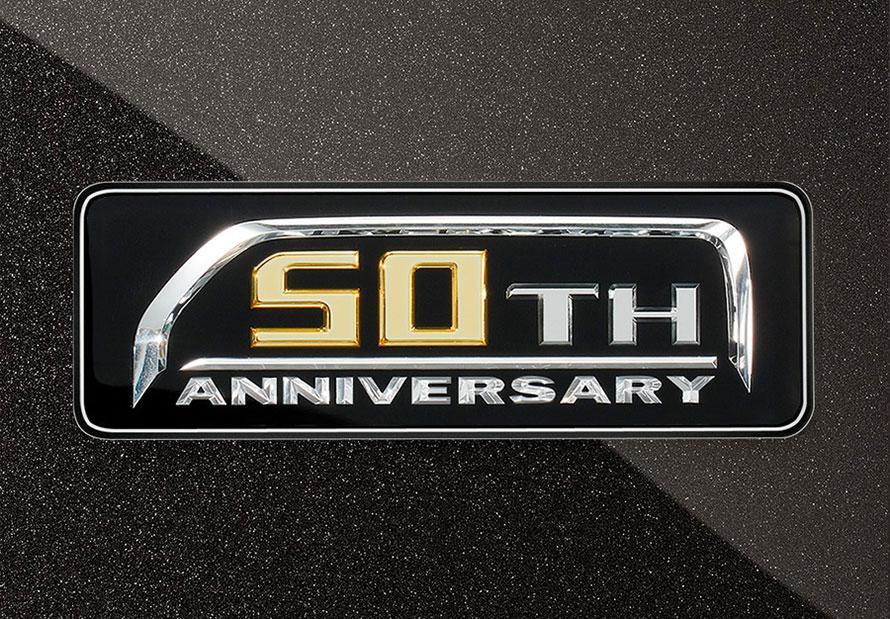 50TH ANNIVERSARYバックドアエンブレム