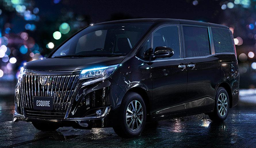 """エスクァイア 特別仕様車 Gi""""Premium Package・Black-Tailored""""(ガソリン車・2WD)"""