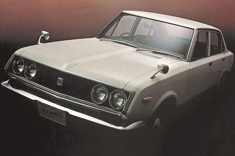 初代 1968年(コロナマークⅡ)