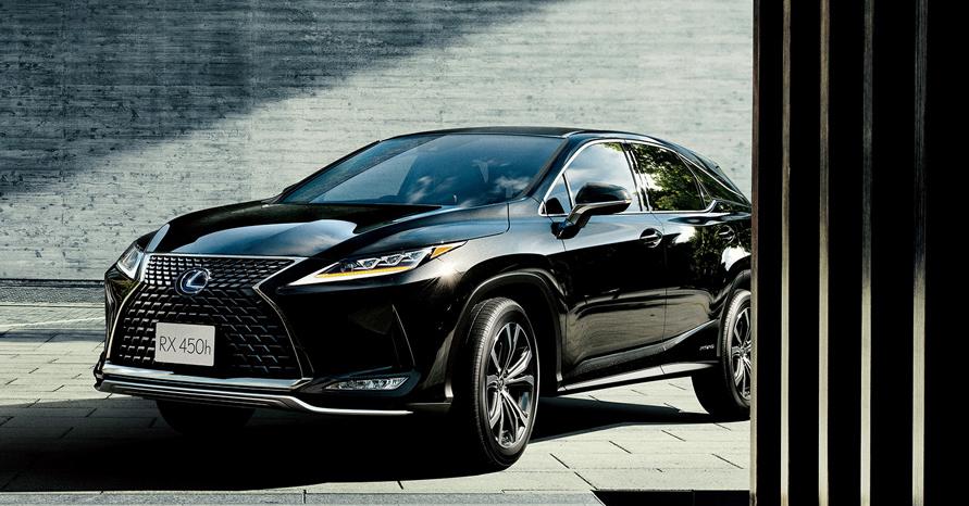 "RX450h""version L"" (グラファイトブラックガラスフレーク)<オプション装着車>"