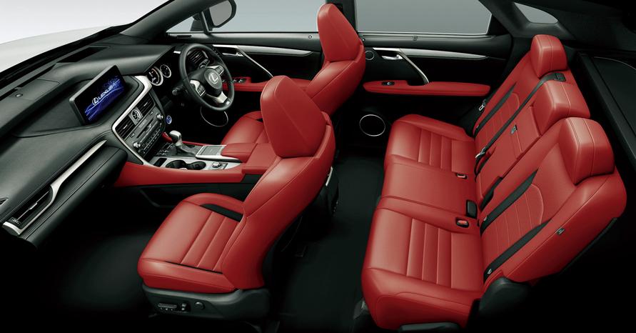 """RX450h""""version L"""" (インテリアカラー : """"F SPORT""""専用フレアレッド)<オプション装着車>"""