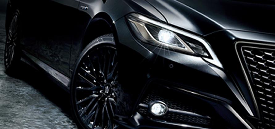 """特別仕様車 S""""Sport Style""""(2.5Lハイブリッド車)(プレシャスブラックパール)<オプション装着車>"""