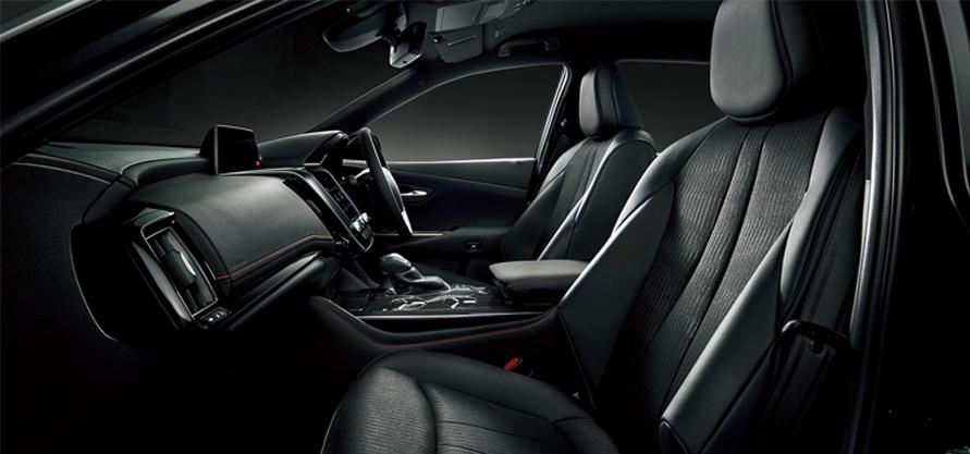 """特別仕様車 S""""Sport Style""""(2.5Lハイブリッド車)(内装色 : ブラック)<オプション装着車>"""
