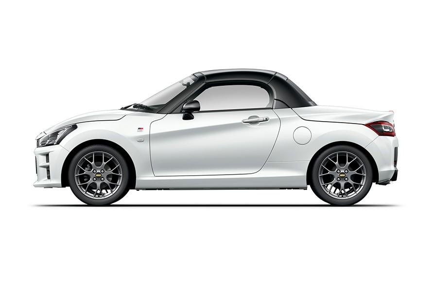 GR SPORT(CVT) (パールホワイトⅢ) <オプション装着車>