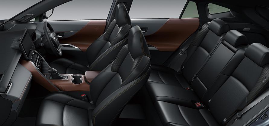 """Z""""Leather Package""""(内装色ブラウン)<オプション装着車>"""